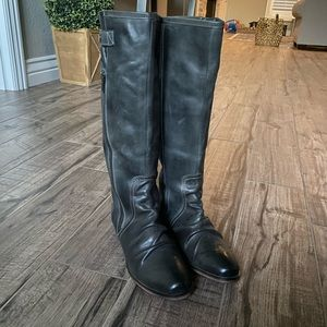 NWOT leather boots💓